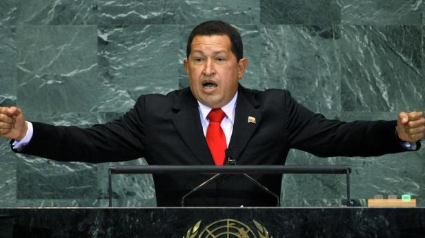 hugo-chavez---mini-biography