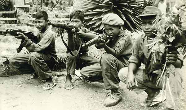 khmer-rouge-child-soldiers